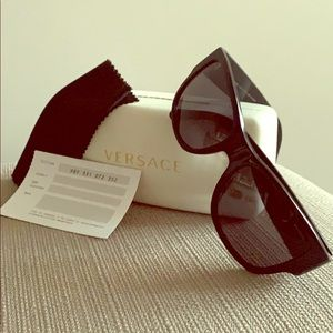 Like New Authentic Versace 4275 Sunglasses